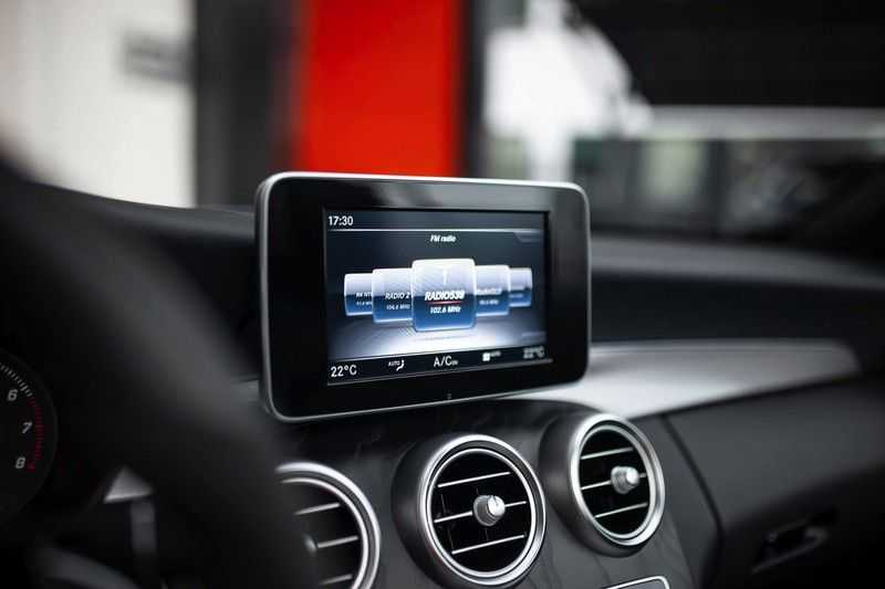 Mercedes-Benz C-Klasse Cabrio 180 Premium *AMG-Line / Airscarf / Keyless Go* afbeelding 14