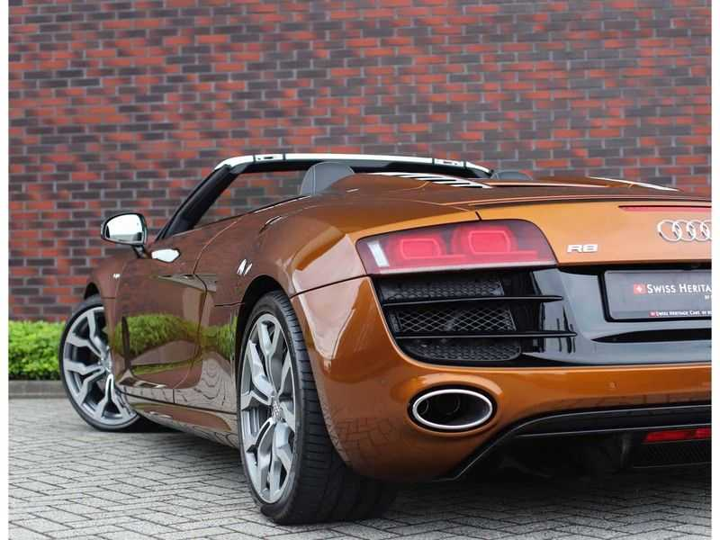 Audi R8 Spyder 5.2 V10 FSI *Magnetic Ride*B&O*Camera* afbeelding 2