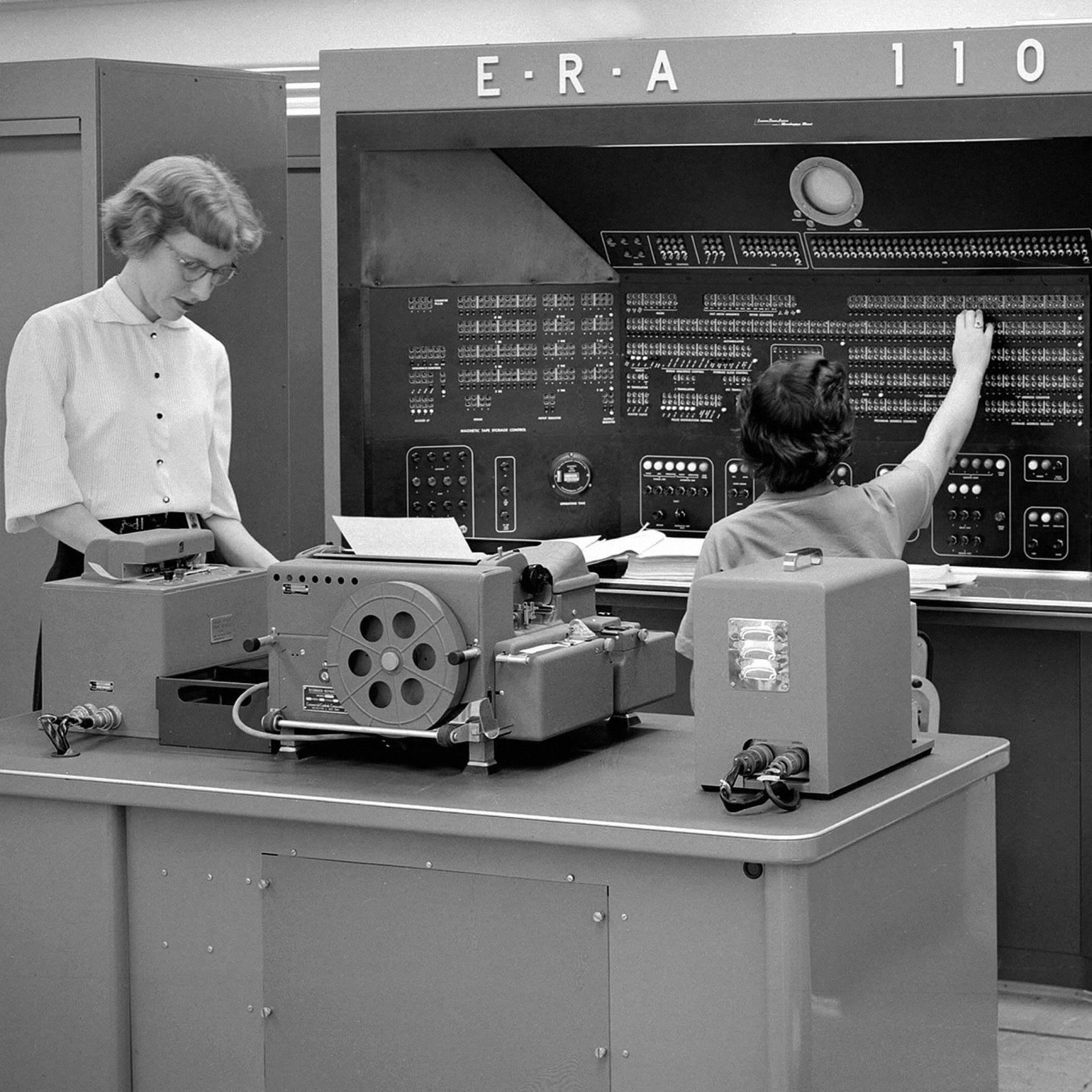 Компьютер E.R.A./Univac 1103в1950-х. Фото: Hum Images/Alamy