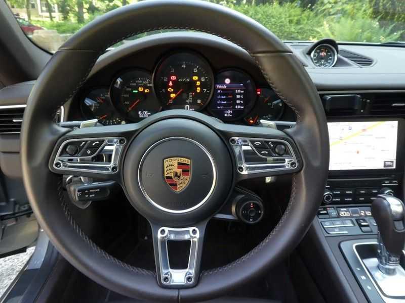 Porsche 911 3.0 Targa 4 GTS afbeelding 8