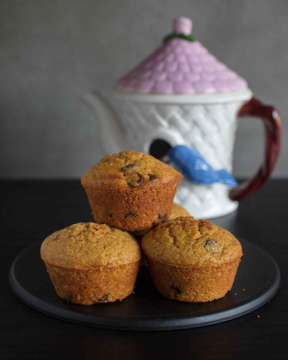 Vegan chocolate chip pumpkin muffins