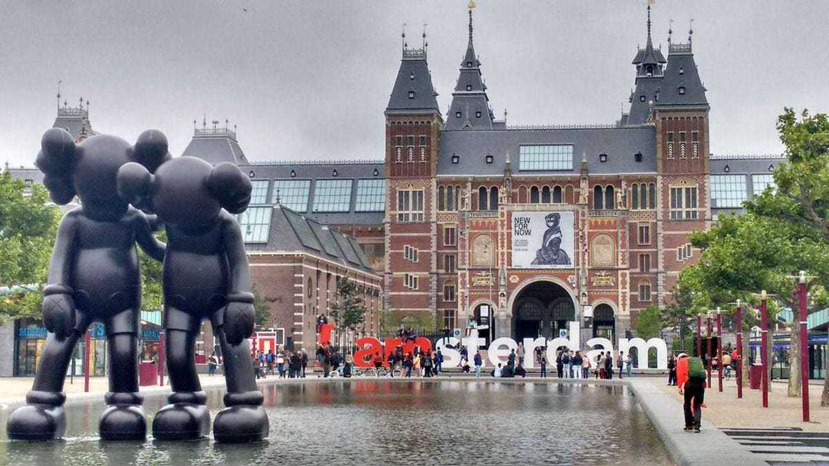 Boasting a healthy working-life balance, rich history and cultural diversity, and a rare combination of cosy village-like charm and metropolitan amenities, the Netherlands' capital has been attracting expats for years—now, it's the global tech community being tempted to relocate to Amsterdam.