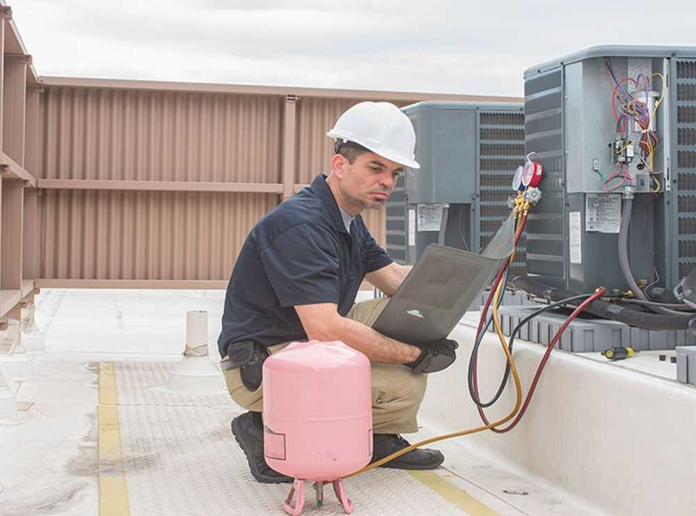 Accruent - Resources - Webinars - Get EPA 608 Compliant with Enterprise Refrigerant Management - Hero