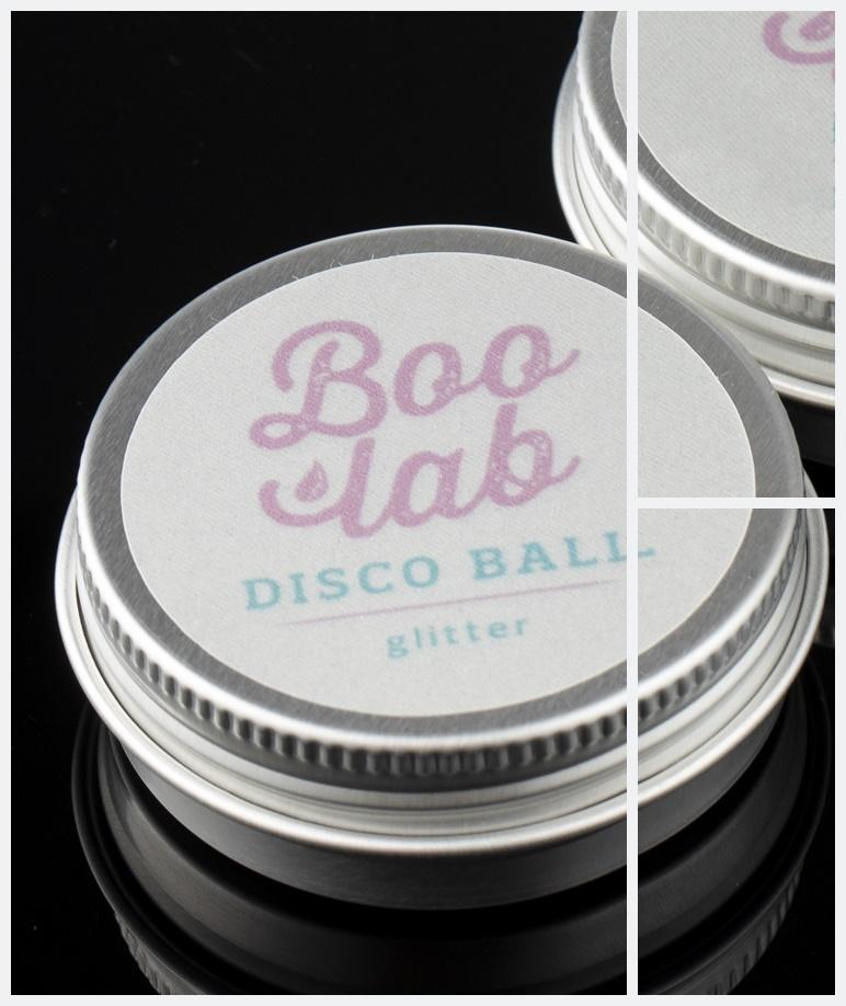 Boolab Disco Glitter šminka za usne i obraze u originalnoj ambalaži.
