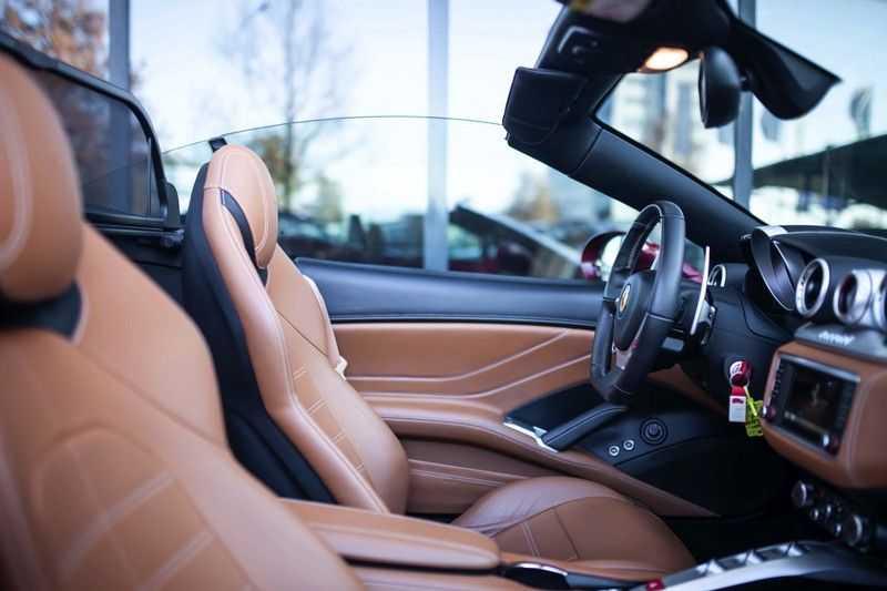 """Ferrari California 3.9 T HELE *Rosso California / Regelb. Sportuitlaat / 20"""" / 2-Tone* afbeelding 4"""