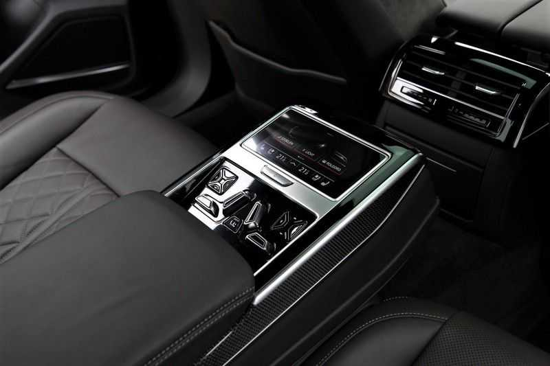 Audi S8 4.0 TFSI KERAMISCHE.REMMEN+B&O+STANDKACHEL afbeelding 19