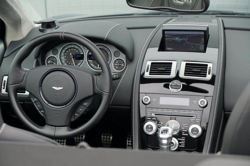 Aston Martin DBS Volante 6.0 V12 6-Speed Manual *!*Only 43 worldwide*!* afbeelding 24