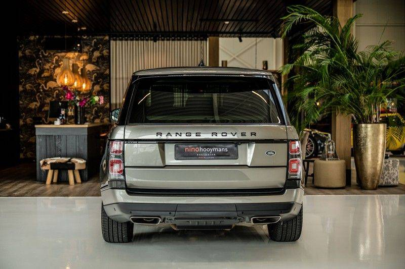 Land Rover Range Rover 4.4 SDV8 Black Pack | Panorama | Head-up Display | Trekhaak | Ambient lighting afbeelding 4