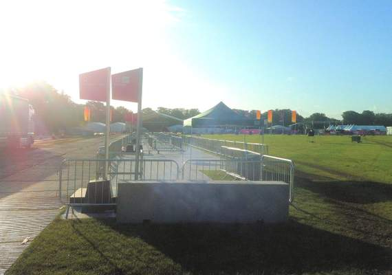 Concrete barriers for events (2)