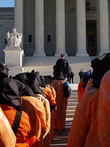 Plans to shut Guantanamo Bay prison