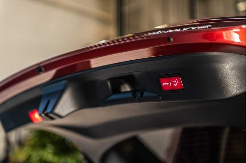 Mercedes-Benz GLC Coupé 300 4MATIC AMG | Night pakket | Distronic | Memory |Sound systeem | Sfeerverlichting | Luxury interieur | Apple Carplay | afbeelding 14