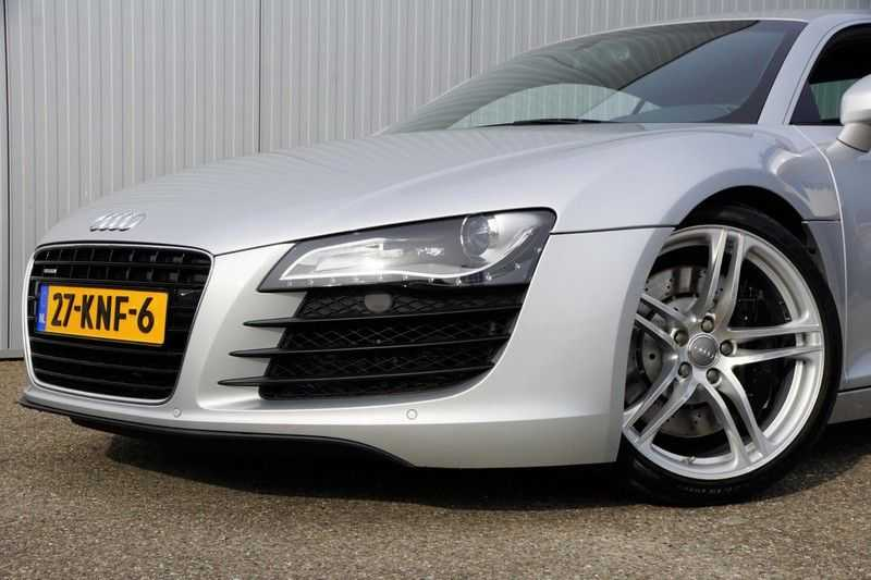 Audi R8 4.2 V8 FSI / 49dkm NAP / 1e eigenaar / B&O / R-Tronic / Orgineel Nederlands! / Navigatie afbeelding 25