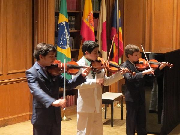 child-brain-development-family-concert