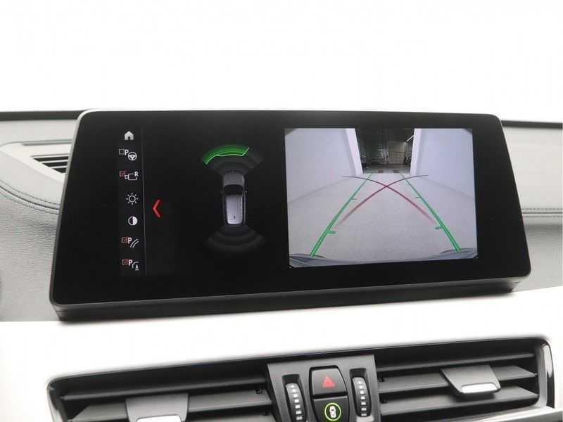 BMW X1 sDrive 20i High Executive M-Sport Automaat afbeelding 12