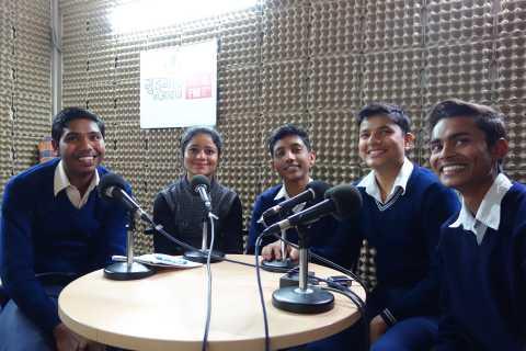 students_at_gka.JPG