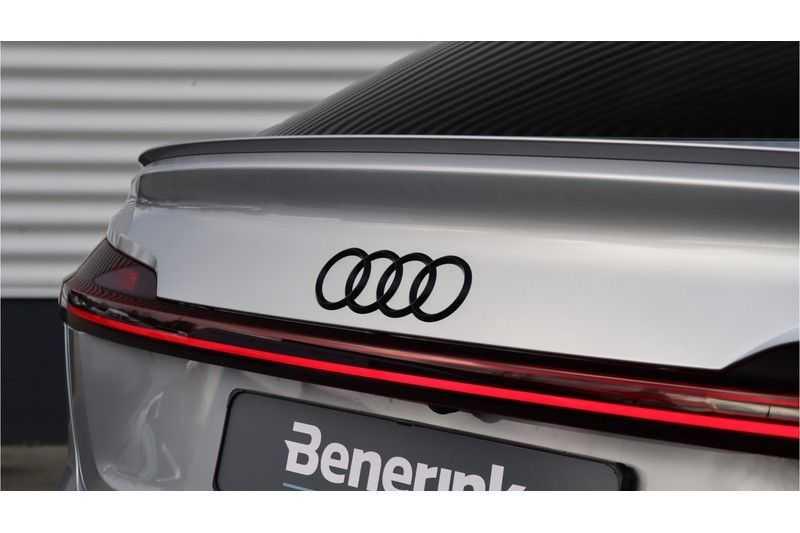 Audi e-tron Sportback 55 quattro S line excl. BTW Panoramadak, S Sportstoelen, Head Up display afbeelding 14
