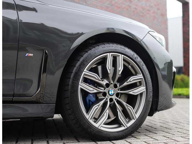 BMW 7 Serie M760Li xDrive *Dravit grey*Executive seats*Sky Lounge*Full option* afbeelding 12