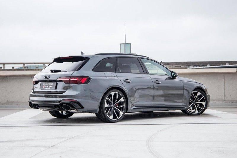 Audi RS4 Avant 2.9 TFSI 450 pk RS 4 quattro   Panoramadak   Assistentiepakket Tour/City   Matrix LED   Bang & Olufsen 3D Sound afbeelding 16