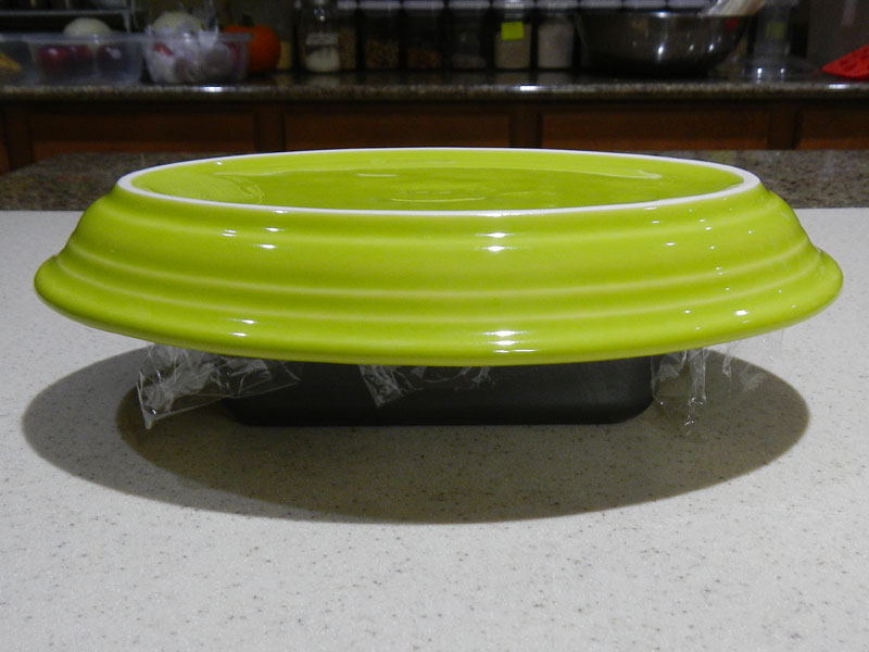 Serving Plate On Top Of Pate Pan