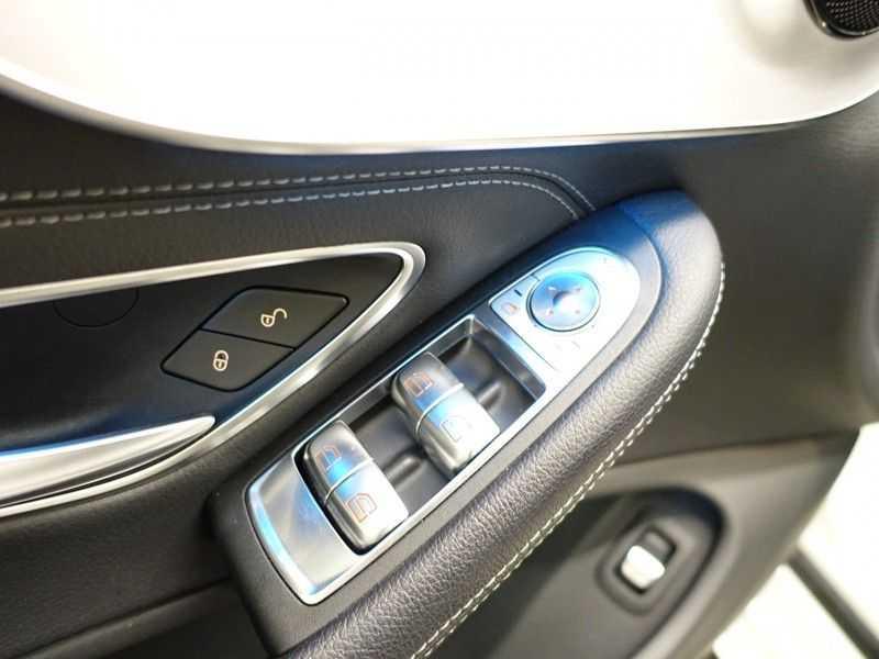 Mercedes-Benz C-Klasse Cabrio 180 Ultimate AMG Edition Aut- Leer, Navi, Led, LMV , 40dkm ! afbeelding 8