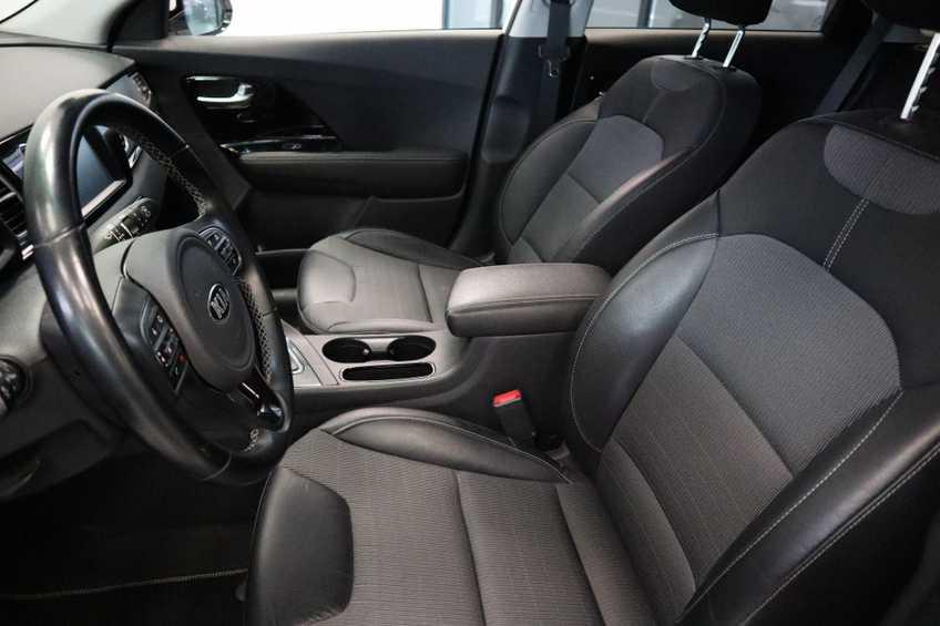 """Kia Niro 1.6 GDi Hybrid Edition Navigatie Cruise Control Camera 18""""LM *tot 24 maanden garantie (*vraag naar de voorwaarden) afbeelding 10"""