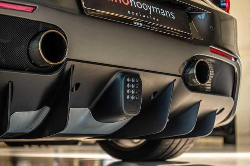 Ferrari 488 3.9 GTB HELE | Carbon | Passenger Display | Lifting | NP350.000,- afbeelding 2