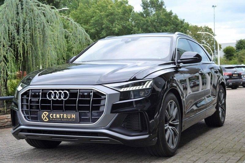 Audi Q8 55 TFSI S-Line / Massage / HuD / B&O Advanced afbeelding 1