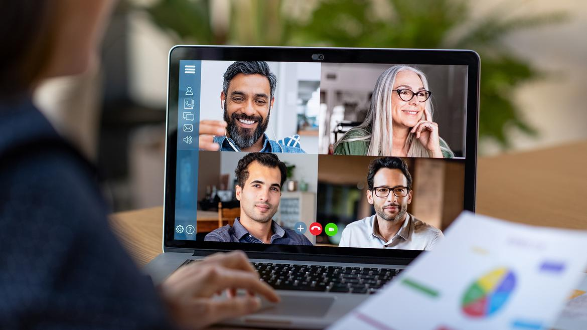 10 Tips For Managing Remote Teams More Effectively