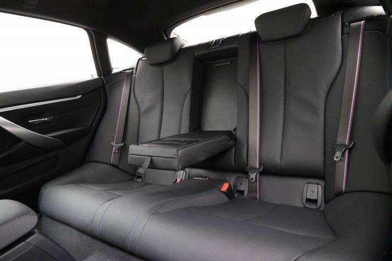 BMW 4 Serie Gran Coupé 420i High Executive M-sport afbeelding 14