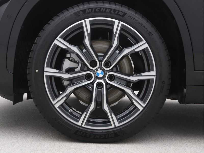 BMW X1 xDrive25e eDrive Edition M-Sport afbeelding 15