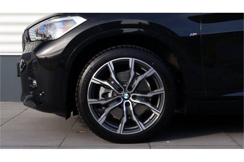 BMW X1 xDrive20i High Executive M Sport Panoramadak, Head Up Display, Trekhaak afbeelding 4