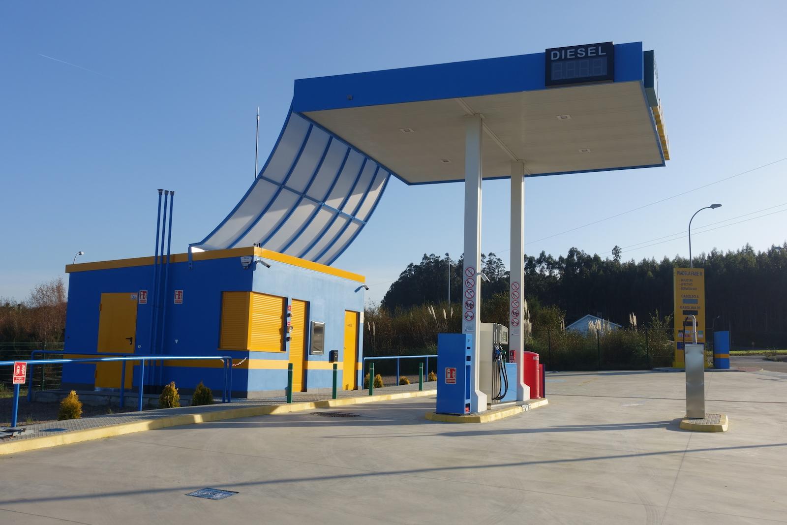 Foto de gasolinera 2