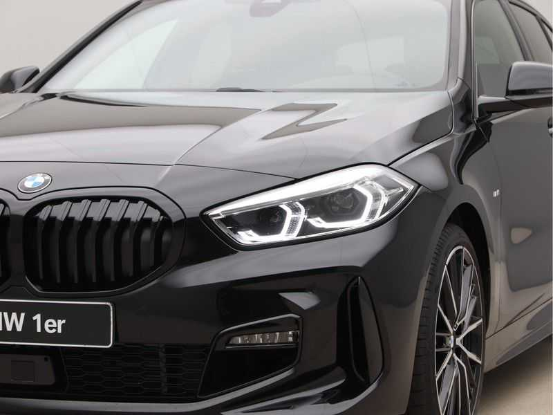 BMW 1 Serie 118i High Exe M-Sport Aut. afbeelding 20