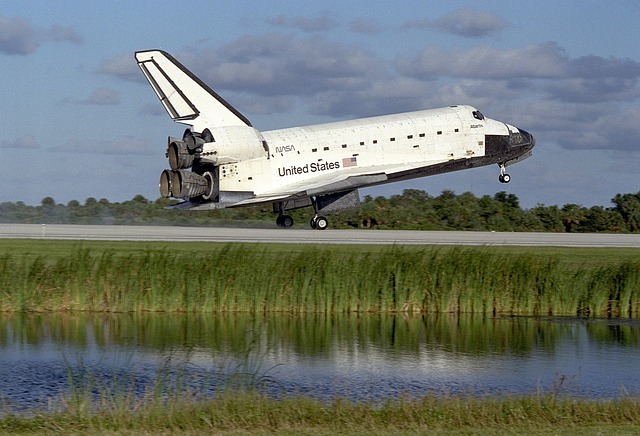 space-shuttle-1045258_640