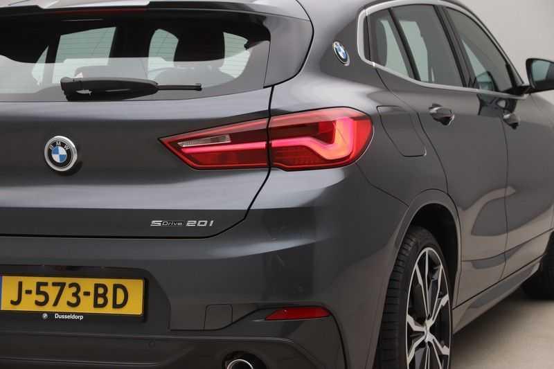 BMW X2 sDrive20i High Exe Aut. afbeelding 7