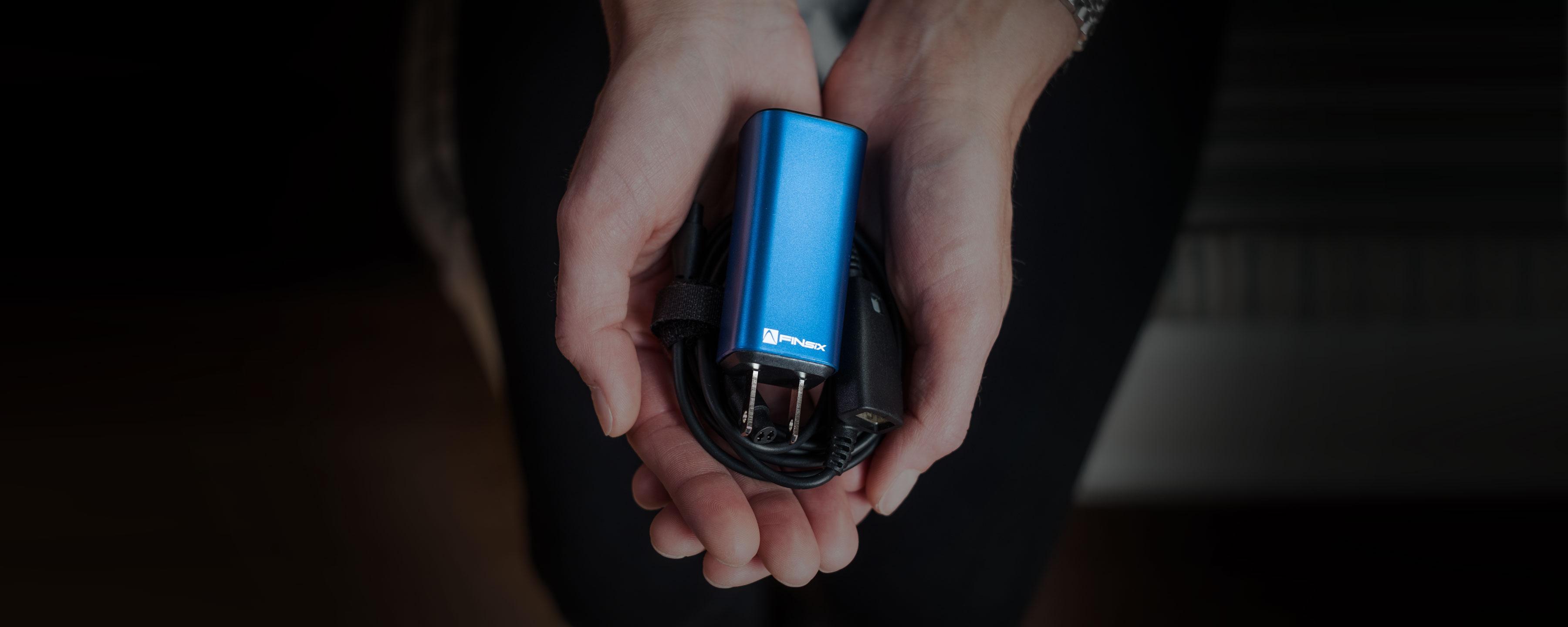DART®: The World's Smallest Laptop Adapter® | FINsix®