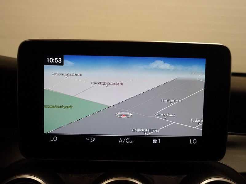 Mercedes-Benz C-Klasse Coupé 300 Prestige 245pk AMG Aut- Panodak, Leer, Camera, Navi, Xenon afbeelding 9