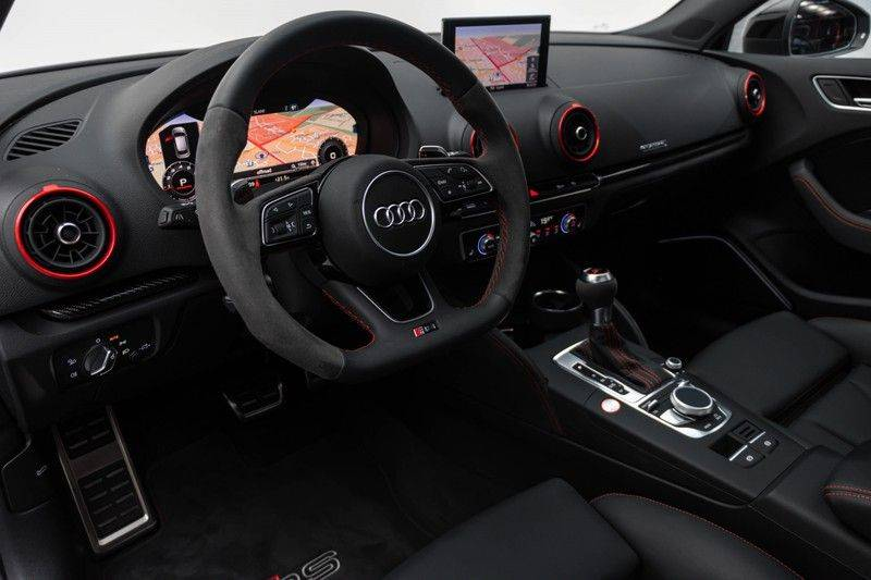 "Audi RS3 Sportback 2.5 TFSI 400pk Quattro Panoramadak BlackOptic B&O Sportstoelen Led-Matrix Navi/MMI DriveSelect Carbon ACC Keyless Camera 19"" Pdc afbeelding 17"