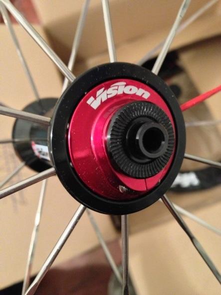 Prova ruote Vision Trimax T30