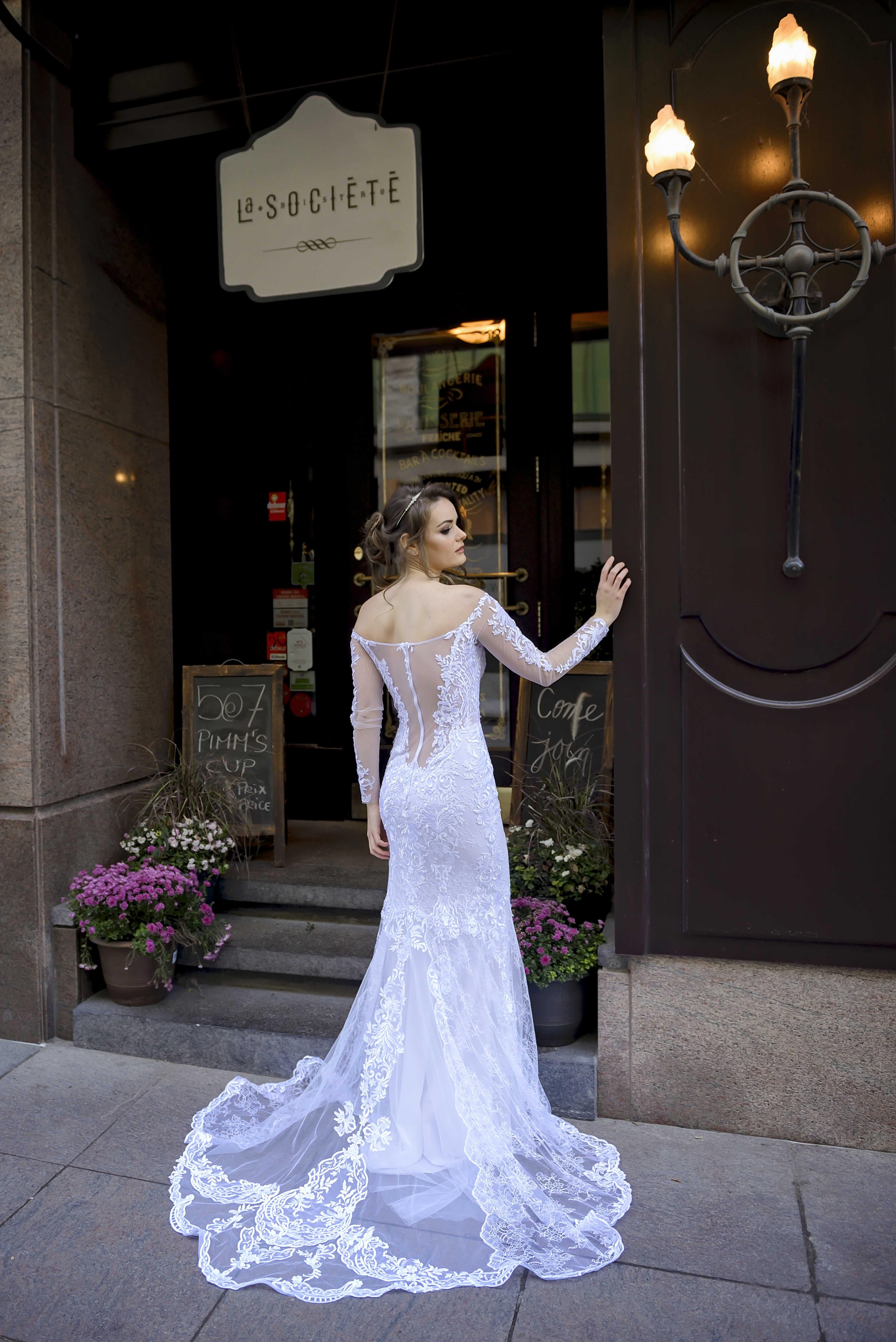 lilia haute couture robes de mariee montreal dentelle blanche dentelle chantilly dentelle francaise