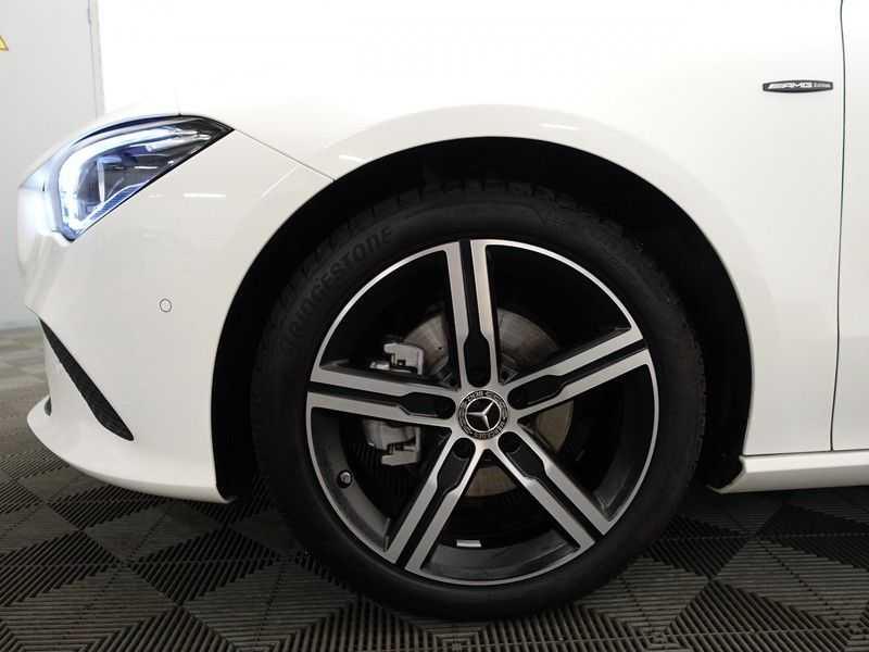 Mercedes-Benz CLA-Klasse AMG Night Edition Autom- Panodak, MBUX Widescreen, Leer, 2dkm! afbeelding 25
