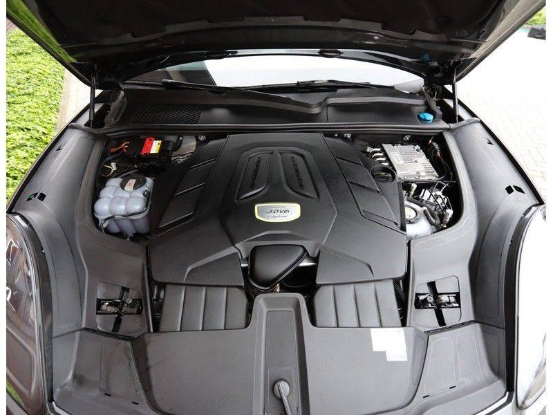 Porsche Cayenne Coupé 3.0 E-Hybrid *Sport Design*Pano*Soft-Close* afbeelding 17