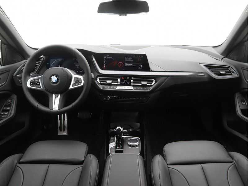 BMW 2 Serie Gran Coupé Gran Coupé 218i High Executive M-Sport Automaat afbeelding 15