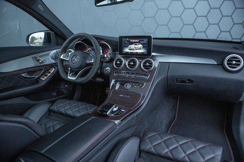 Mercedes-Benz C-Klasse C63 AMG S Edition 1 C63s Panoramadak + Burmester + Head-up afbeelding 5