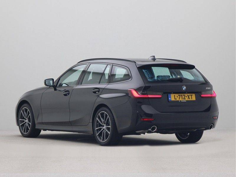 BMW 3 Serie Touring 318i Executive Sport Line Automaat afbeelding 11