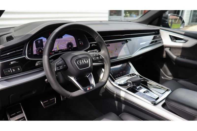 Audi Q8 55 TFSI quattro S-Line, Panoramadak, B&O, Massage, Ruitstiksel, Trekhaak afbeelding 11
