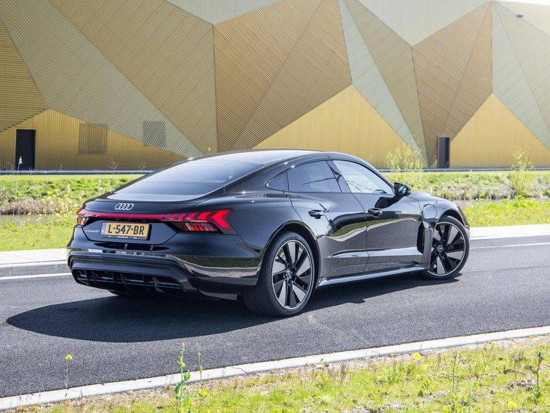 "Audi e-tron GT edition ZERO | Head-Up | B&O Sound | Carbon | S-Sportstoelen | Pano.Dak | Matrix LED | 21"" LM-velgen | afbeelding 8"