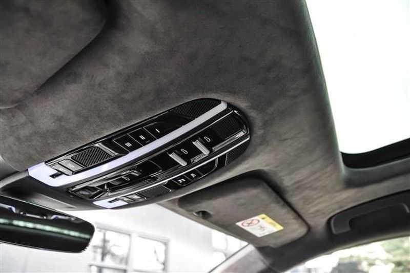 Porsche Panamera TURBO EXECUTIVE SPORTDESIGN+PCCB+MASSAGE NP.259K afbeelding 21