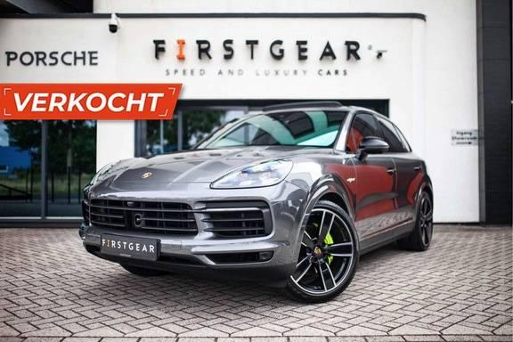 "Porsche Cayenne 3.0 E-Hybrid *Pano / BOSE / Massage / Stoelventilatie / 22"" / ACC / Sport Chrono*"