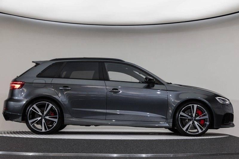 "Audi RS3 Sportback 2.5 TFSI 400pk Quattro Panoramadak BlackOptic B&O Sportstoelen Led-Matrix Navi/MMI DriveSelect Carbon ACC Keyless Camera 19"" Pdc afbeelding 13"